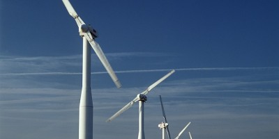 Energie rinnovabili prodotte da pale eoliche